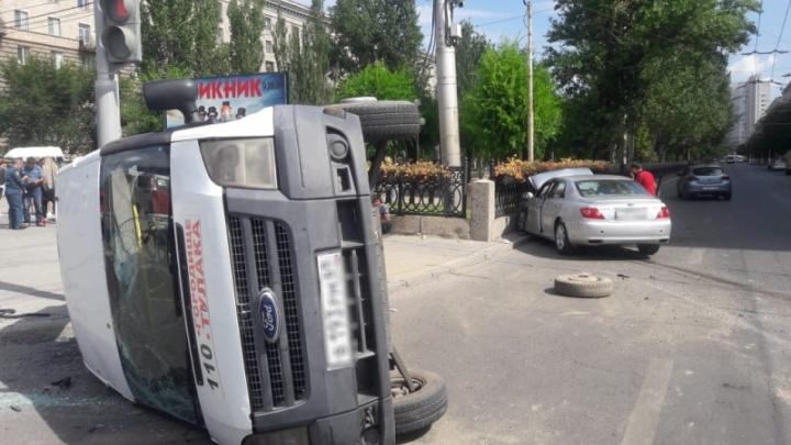 У виновника нет страховки: полиция рассказала подробности ДТП с маршрутным такси