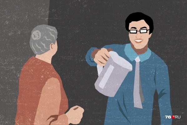 Пожилые люди попадают под обаяние улыбчивых продавцов. Но нельзя терять бдительность!