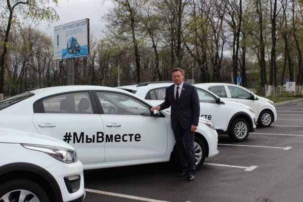 В Ростове пытаются решить проблему нехватки автомобилей для врачей