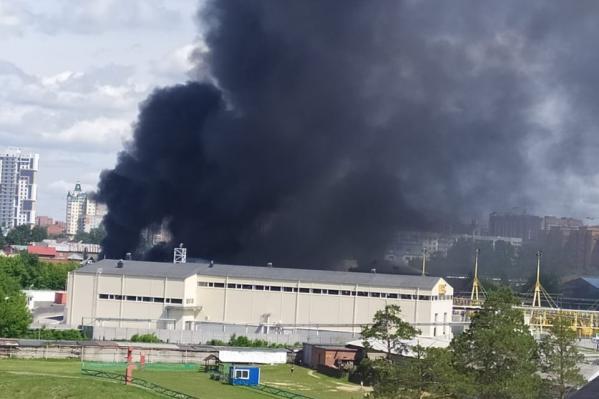 Возгорание произошло в Заельцовском районе