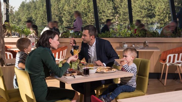 «Дома можно вообще не готовить»: какие рестораны открыли летники и что есть в их меню