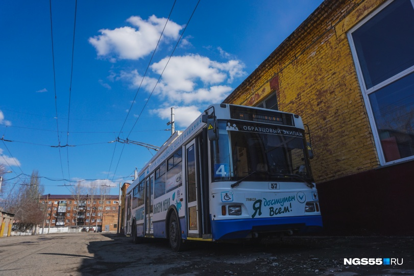 """После того как новые троллейбусы приедут в город, эти машины будут работать на <nobr class=""""_"""">маршруте № 67</nobr>"""