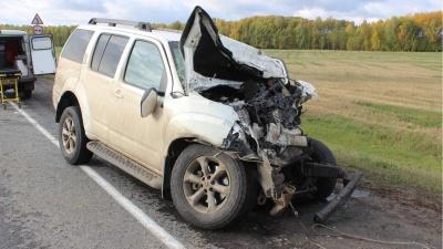 От удара Toyota Land Cruiser загорелась: в ДТП на тюменской трассе погиб пермяк