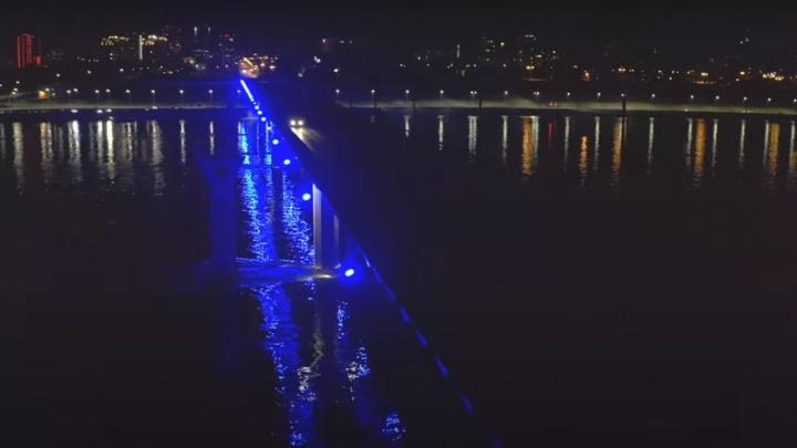В Волгограде под Linkin Park потух танцующий мост