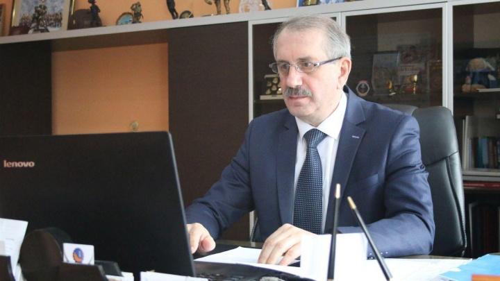 Министра спорта Челябинской области и его зама госпитализировали с коронавирусом