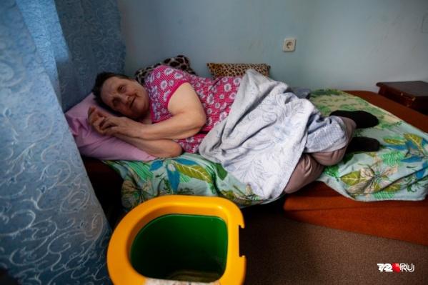 Фагима Мирзалилова много лет тяжело болела и нуждалась в опеке. В советские годы она трудилась вДОК «Красный октябрь»