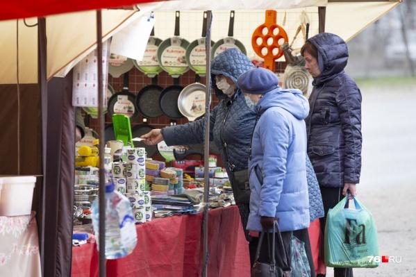 У уличных торговцев не всегда есть возможность соблюдать гигиену, и это в условиях пандемии особенно опасно