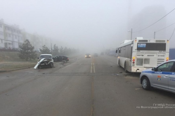 Пассажиры автобуса, к счастью, не пострадали