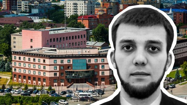 Поймали на границе с чужим паспортом: что известно о тюменце, которого обвиняют в вербовке мусульман