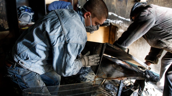 До последнего пытался выбраться: в Волгограде при пожаре погиб инвалид