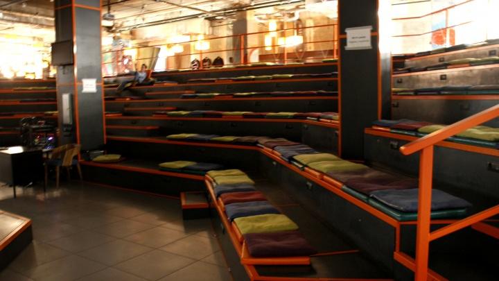 «Поток» остановился: огромный бар-лекторий в центре закрылся на неопределенный срок