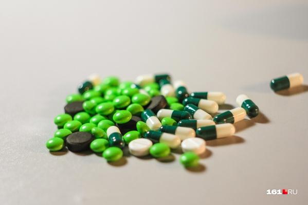 Поликлиники Ростова уже получили лекарства для пациентов с коронавирусной инфекцией, которые лечатся дома