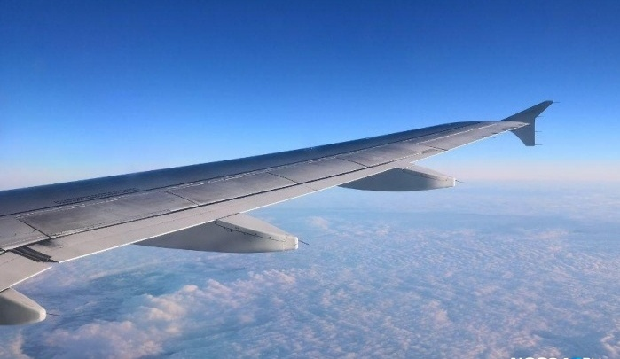 Вылетевший из Петербурга в Красноярск самолет вернулся в Пулково из-за неисправности