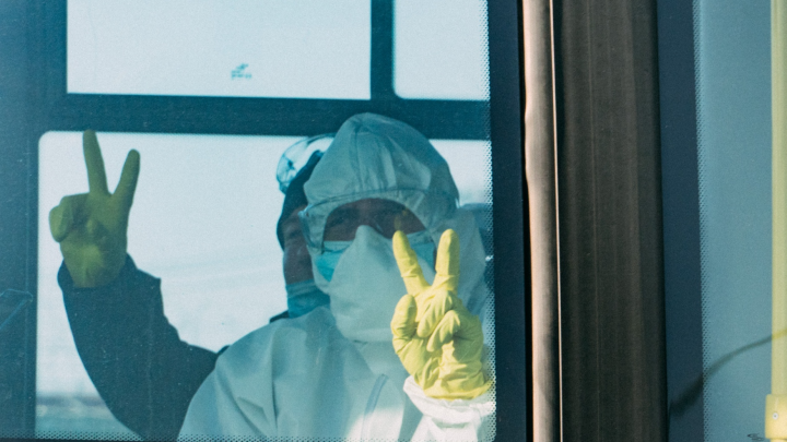 Волгоградский губернатор потребовал ношение перчаток: смотрим постановление