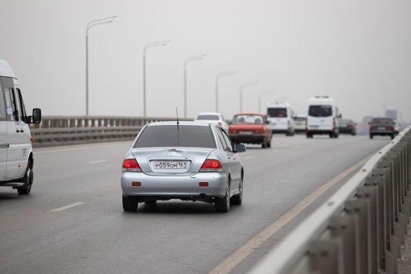 Каждый день десятки тысяч автомобилей едут по М-4 на черноморские курорты и обратно
