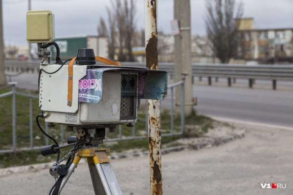 Почти на каждые сто метров дороги в Волгограде приходится одна камера