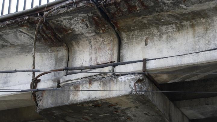 В Волгограде нашли поврежденные габаритные ворота