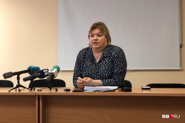 Оксана Мелехова отчиталась перед коллегами по статистике смертности, она положительная не по всем заболеваниям