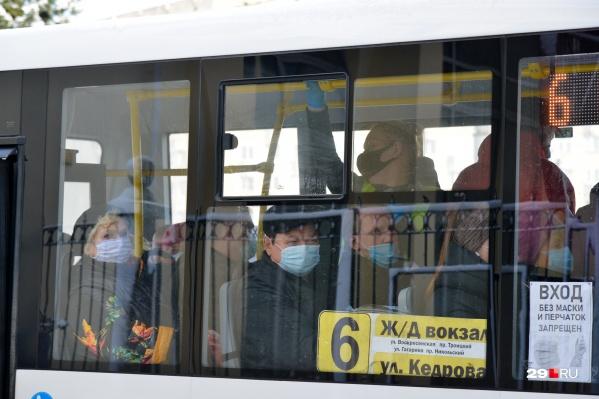 Судя по указу, на городских маршрутах должно прибавиться автобусов