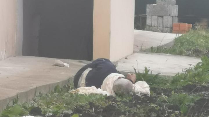 Под Уфой пенсионеры пытались сбежать из пансионата «Моя семья». Есть видео, как один из них спускается по простыне