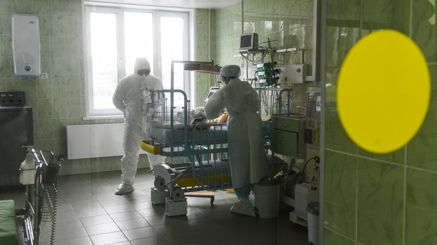 """«Летальность огромная»: реаниматолог красной <nobr class=""""_"""">зоны —</nobr> о том, как умирают пациенты"""