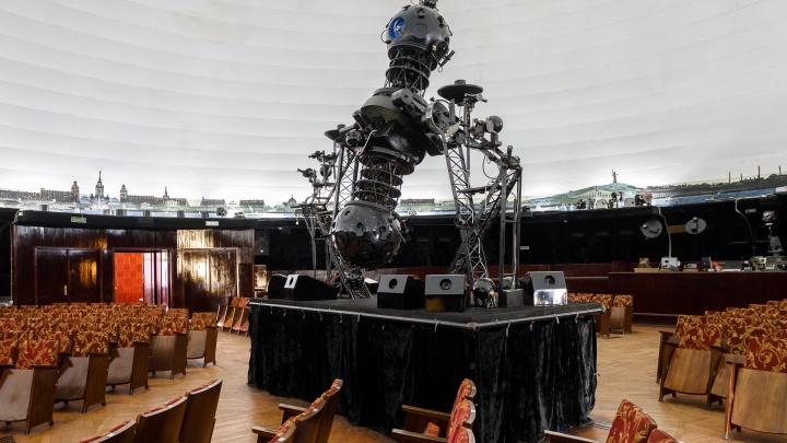 «Дождь собираем в корыто»: Волгоградский планетарий может не дотянуть до капремонта