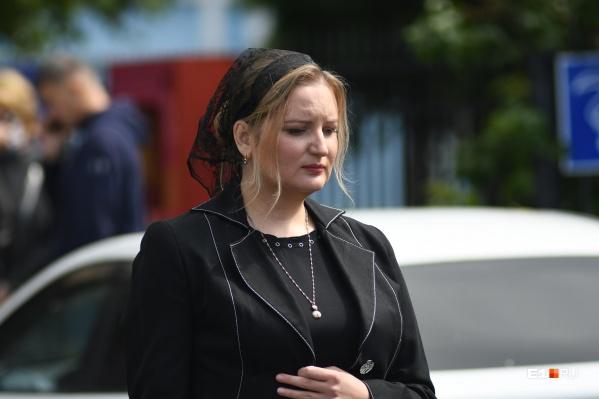 Юлия сообщила о причине смерти своего мужа — хирурга Юрия Мансурова