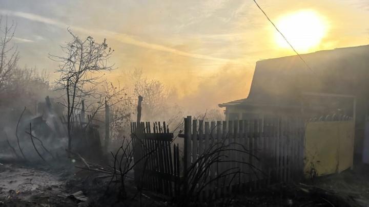 В МЧС Самарской области озвучили предварительную версию пожара в дачном посёлке