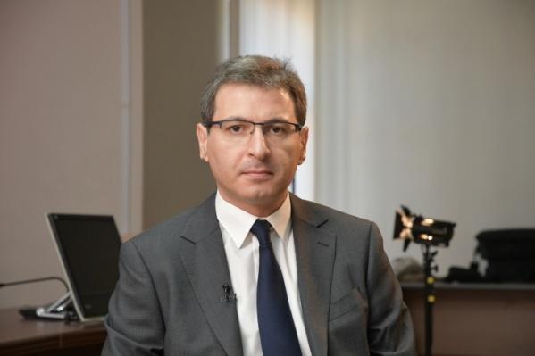 Министр здравоохранения Самарской области Армен Бенян сам находится на самоизоляции из-за коронавируса