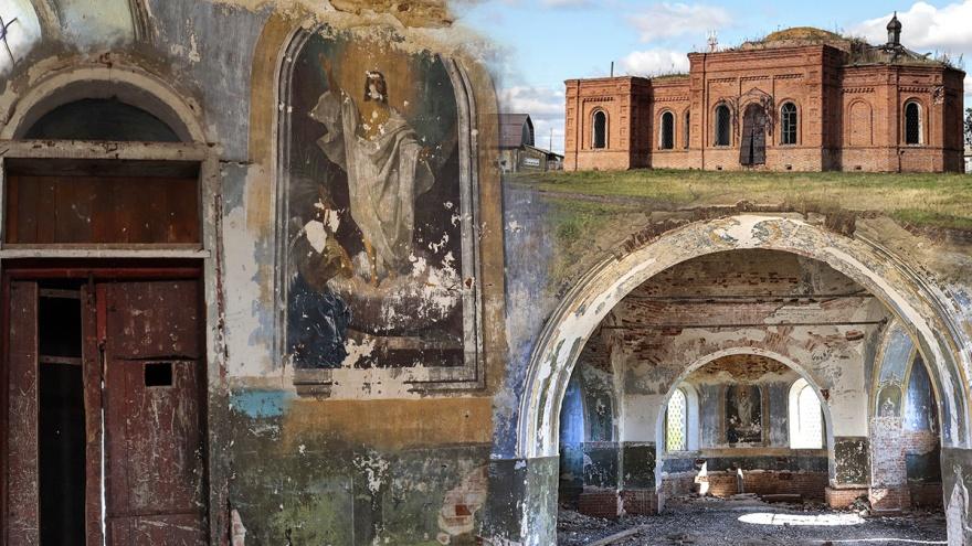 Потускневшие фрески и следы от пуль: история вековой церкви в Южно-Плетнево, которая никому не нужна