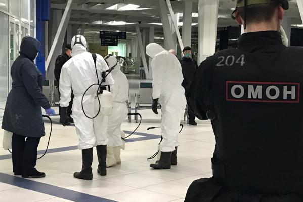 Прилетевших в здании аэропорта ожидал санэпиднадзор