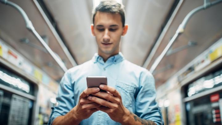 Волгоградцам, которые вынуждены ездить на работу, открыли безлимитный доступ к транспортным приложениям