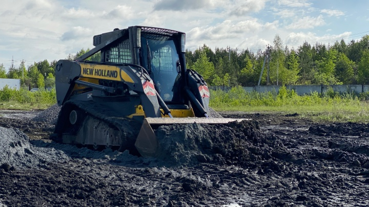 «Иногда можно обойтись без бригады рабочих»: уральцам рассказали, как укрепить почву на дачном участке