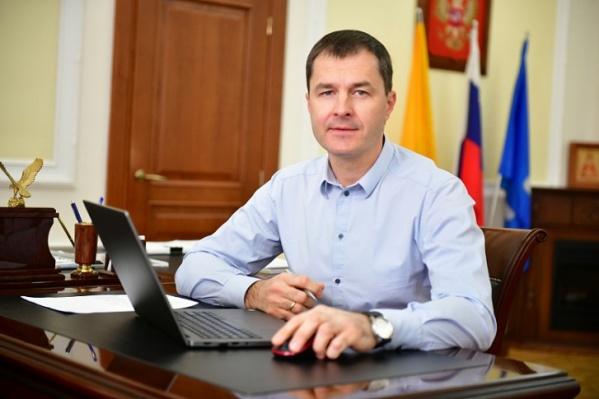 Владимир Волков попросил горожан по возможности соблюдать режим самоизоляции
