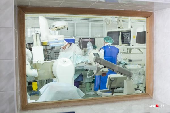 В Минздраве региона назвали две группы осложнений коронавируса, которые могут привести к смерти
