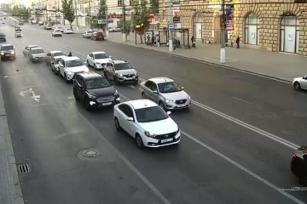 Массовое ДТП угонщик устроил в центре Волгограда 26 сентября
