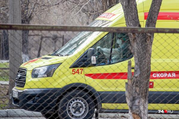 По словам коллег, бригада не раз выезжала к контактным по коронавирусу и пациентам с пневмониями