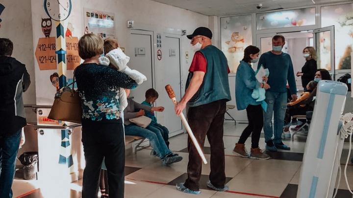 «Дети переносят коронавирус по-разному»: тюменские медики рассказали о лечении маленьких пациентов