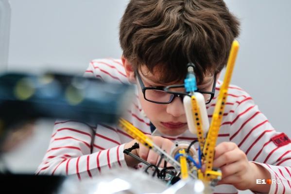 В 17 учреждениях дополнительного образования в этом году выделено 19,5 тысячи мест для детей