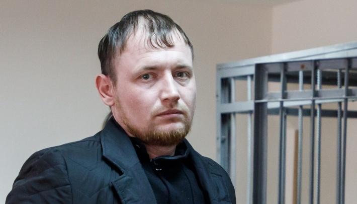 «Оказалось, можно просто сбежать»: водитель, сбивший школьника в Волгограде, скрывается от приставов