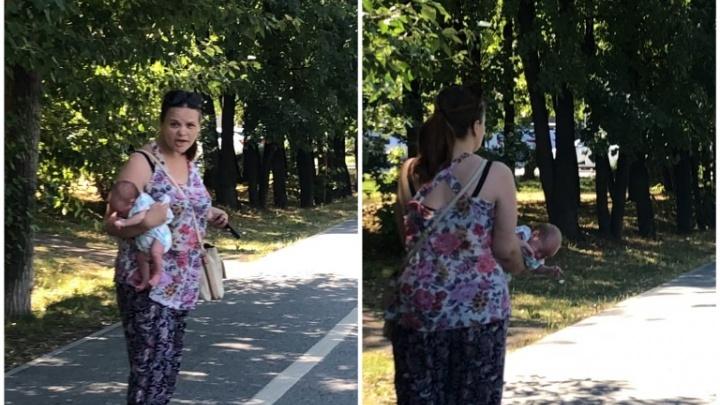 «Сама роди сначала!»: тюменка сняла на видео молодую маму за жестоким обращением со своим малышом
