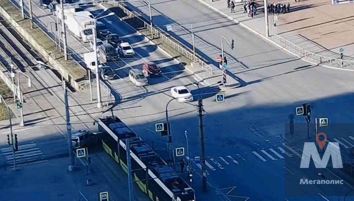 Кадр из видео «Мегаполиса» в vk.com/spb_today