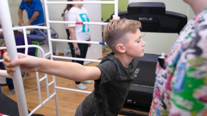 Хватит горбиться: об эффективном лечении сколиоза рассказали в Детском «Евромеде»