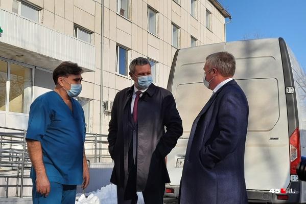 Промышленники помогли Курганской больнице № 2 с кислородными концентраторами