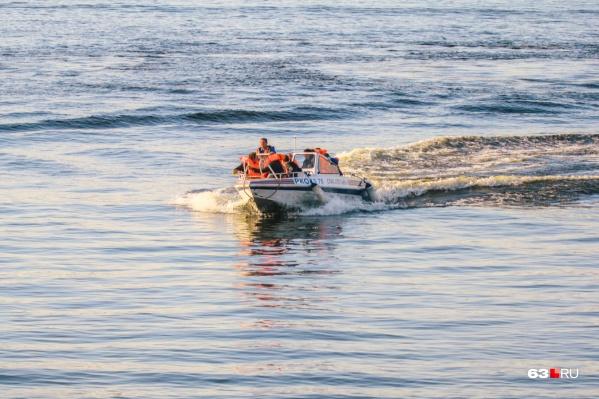 Спасатели работают на официальных пляжах