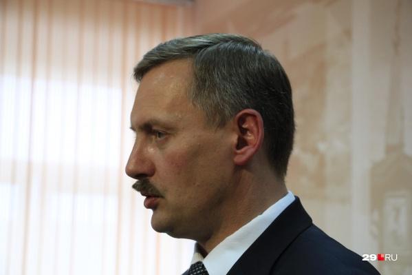 """Кстати, недавно Игорь Годзиш <a href=""""https://29.ru/text/politics/69430336/"""" target=""""_blank"""" class=""""_"""">отчитался и о своем бюджете</a> — за 2019 год он заработал 2,5 миллиона рублей"""