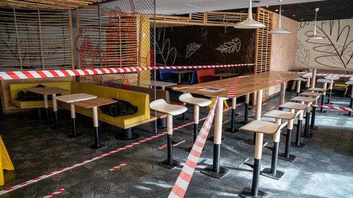 Открывать залы рано: Роспотребнадзор ответил ростовским рестораторам на просьбу дать им работать