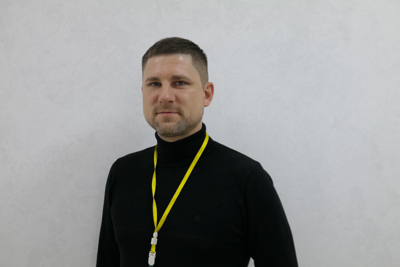 Владимир убежден: доверие клиента выстраивается на честности менеджера