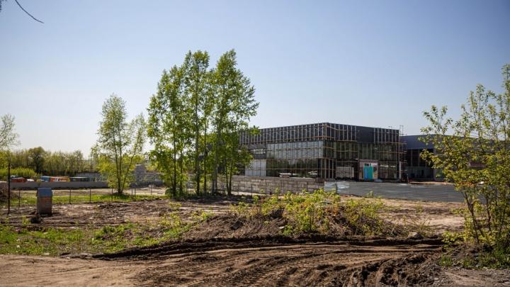 На Большевистской решили построить гостиницу для туристов, которые стремятся на Алтай