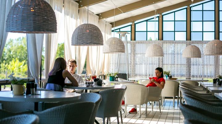 Для кафе и ресторанов ввели послабления